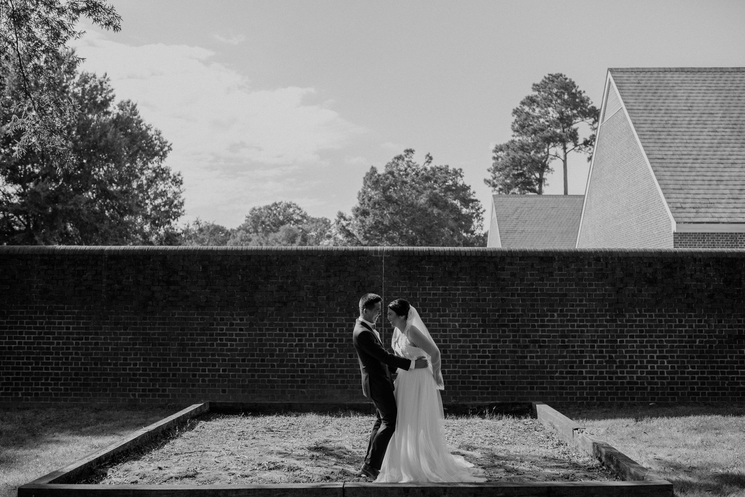 Main and Simple Photography_2017_Weddings_VirginiaBeach_H+S-686.jpg