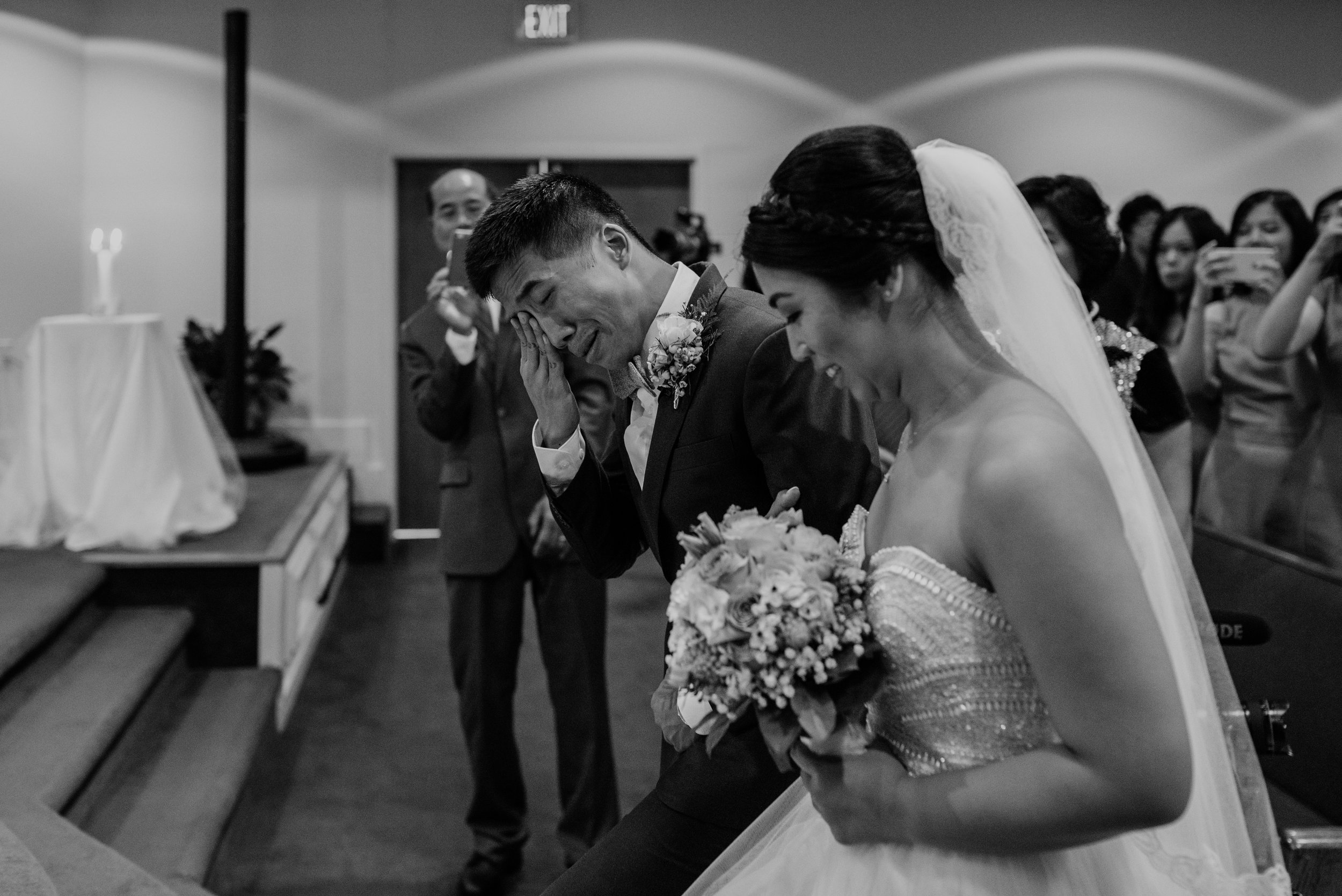 Main and Simple Photography_2017_Weddings_VirginiaBeach_H+S-827.jpg