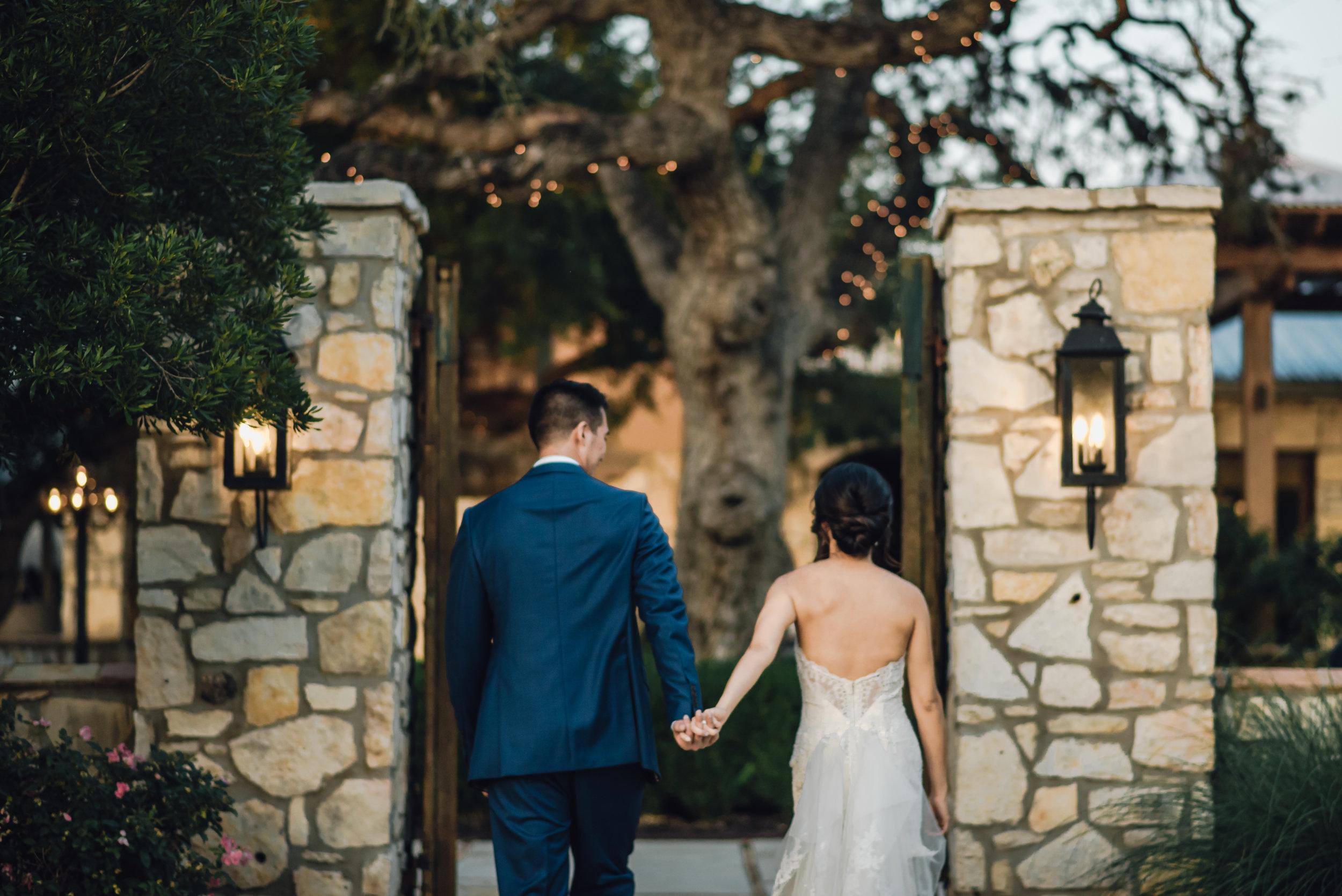 Main and Simple Photography_2018_Weddings_Austin_B+E-1536.jpg