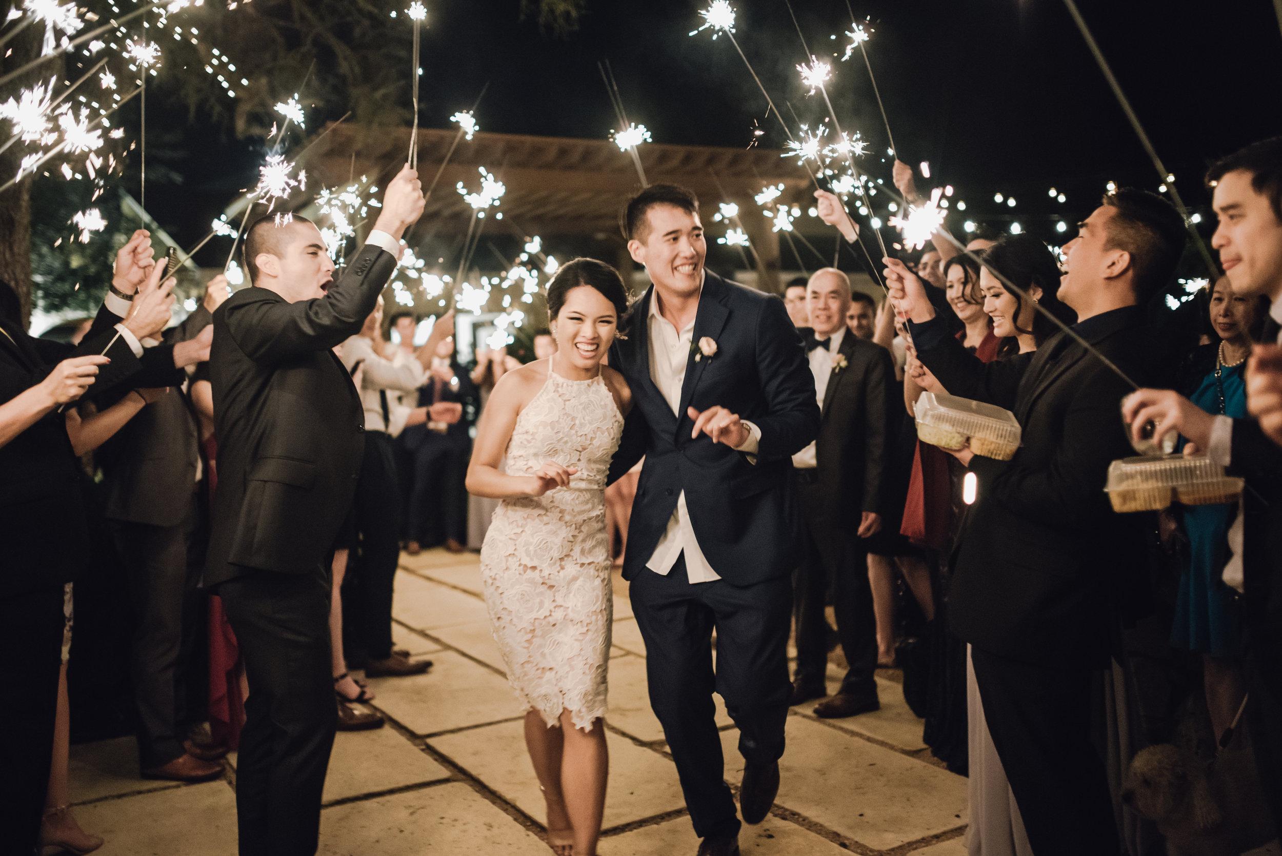 Main and Simple Photography_2018_Weddings_Austin_B+E-2201.jpg