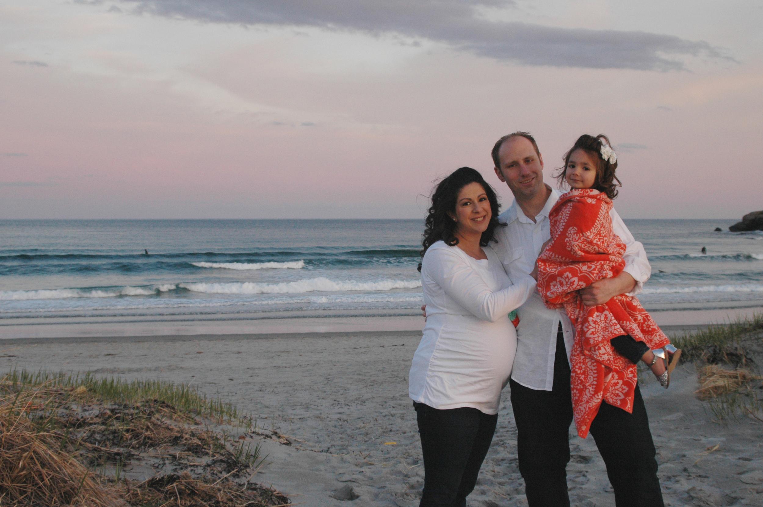 good-harbor-beach-maternity-photographer
