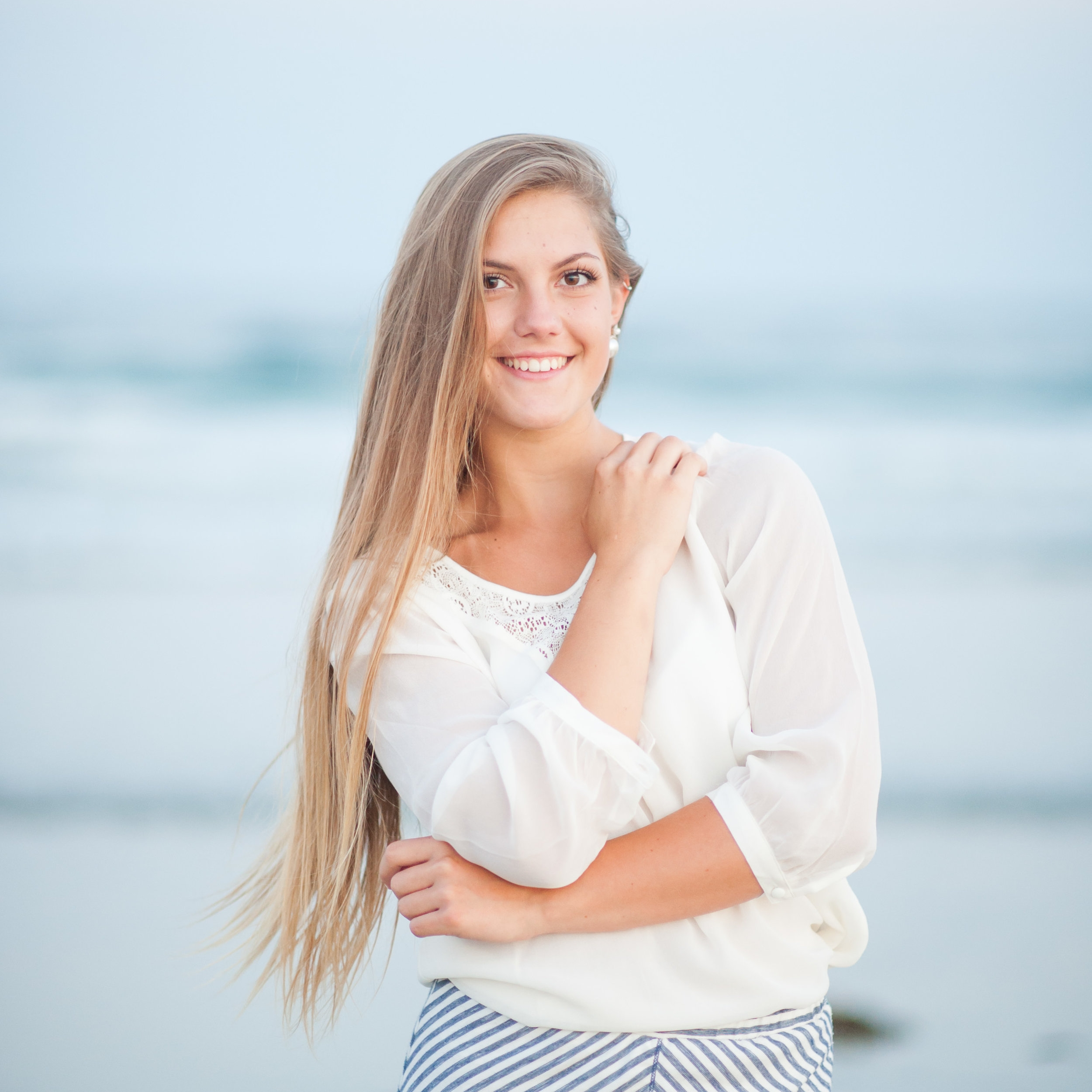 Want to see what a session with me looks like? - View Sydney's senior session by clicking below!