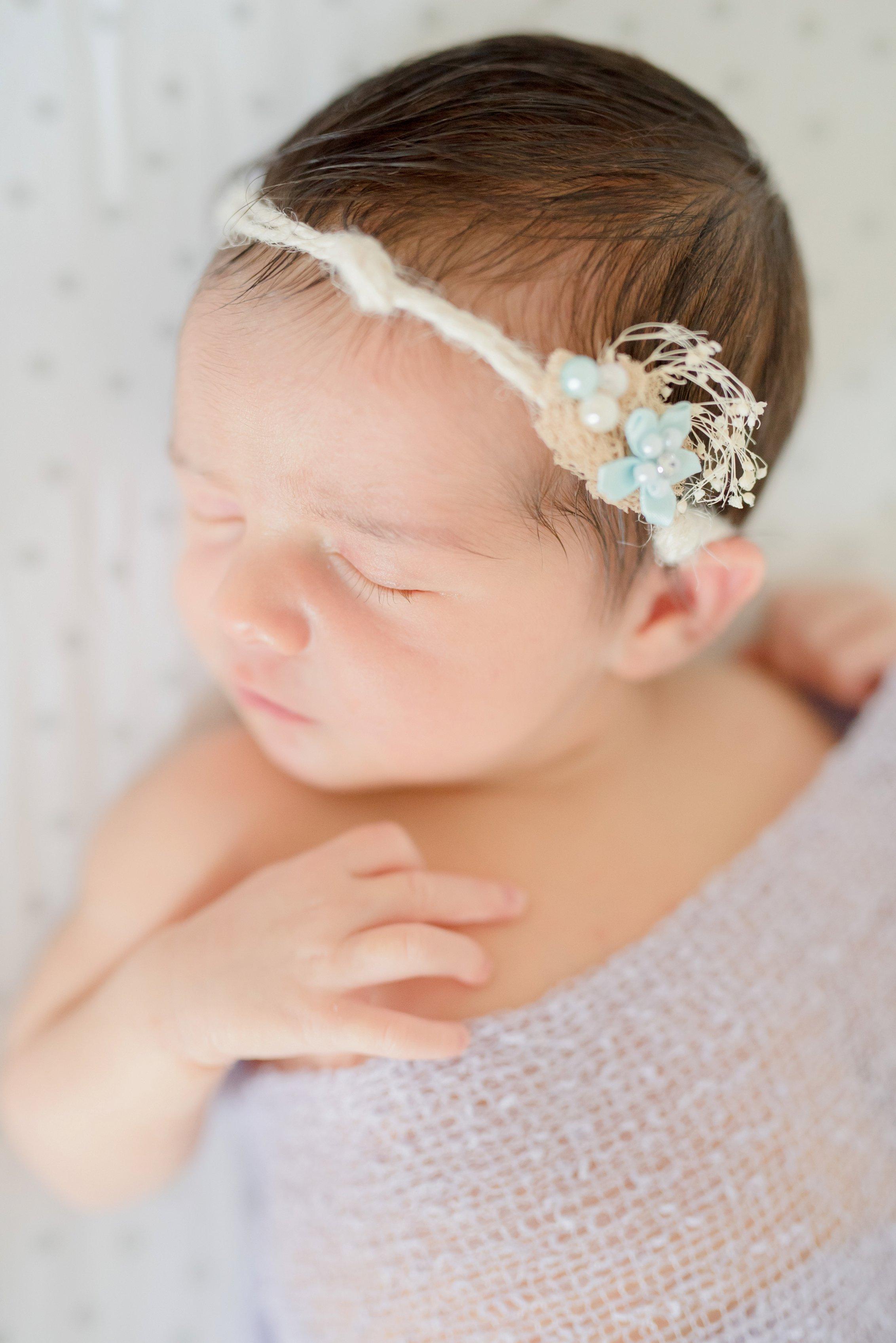 Emma newborn -115.jpg