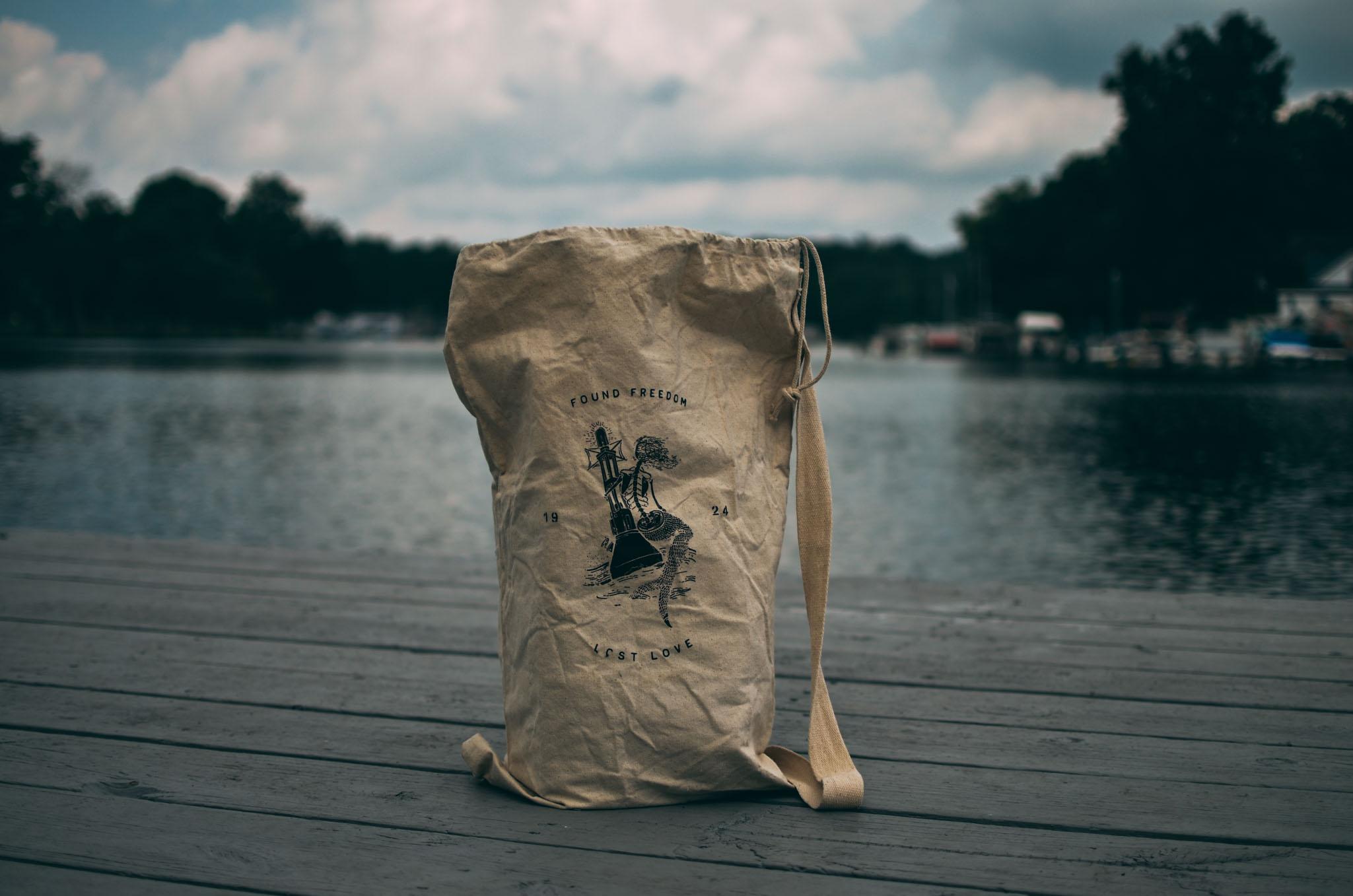 Damn_Handsome_Navy_bag-19.jpg