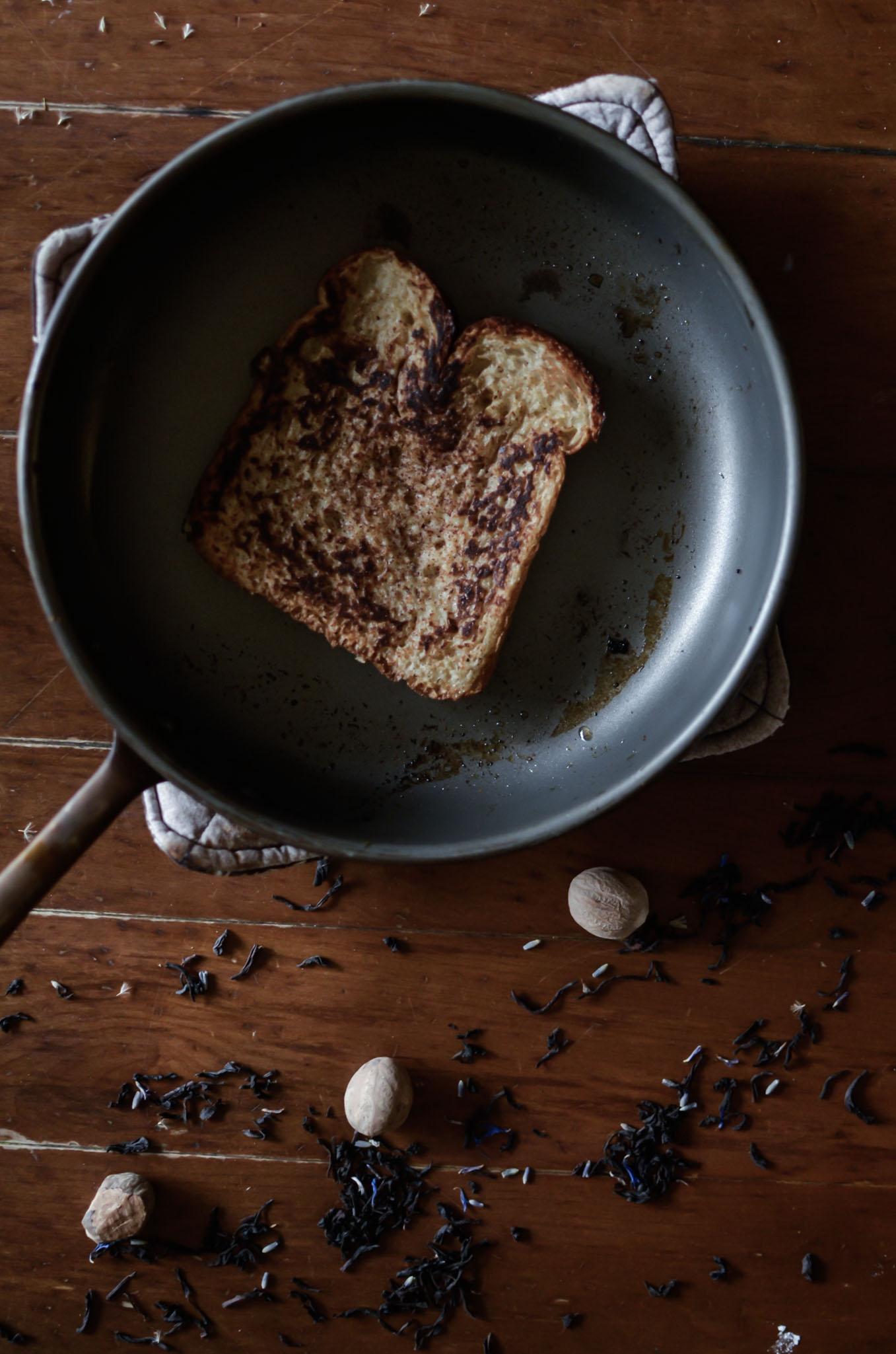 Wendling_Boyd_Queens_Guard_French_Toast11.jpg