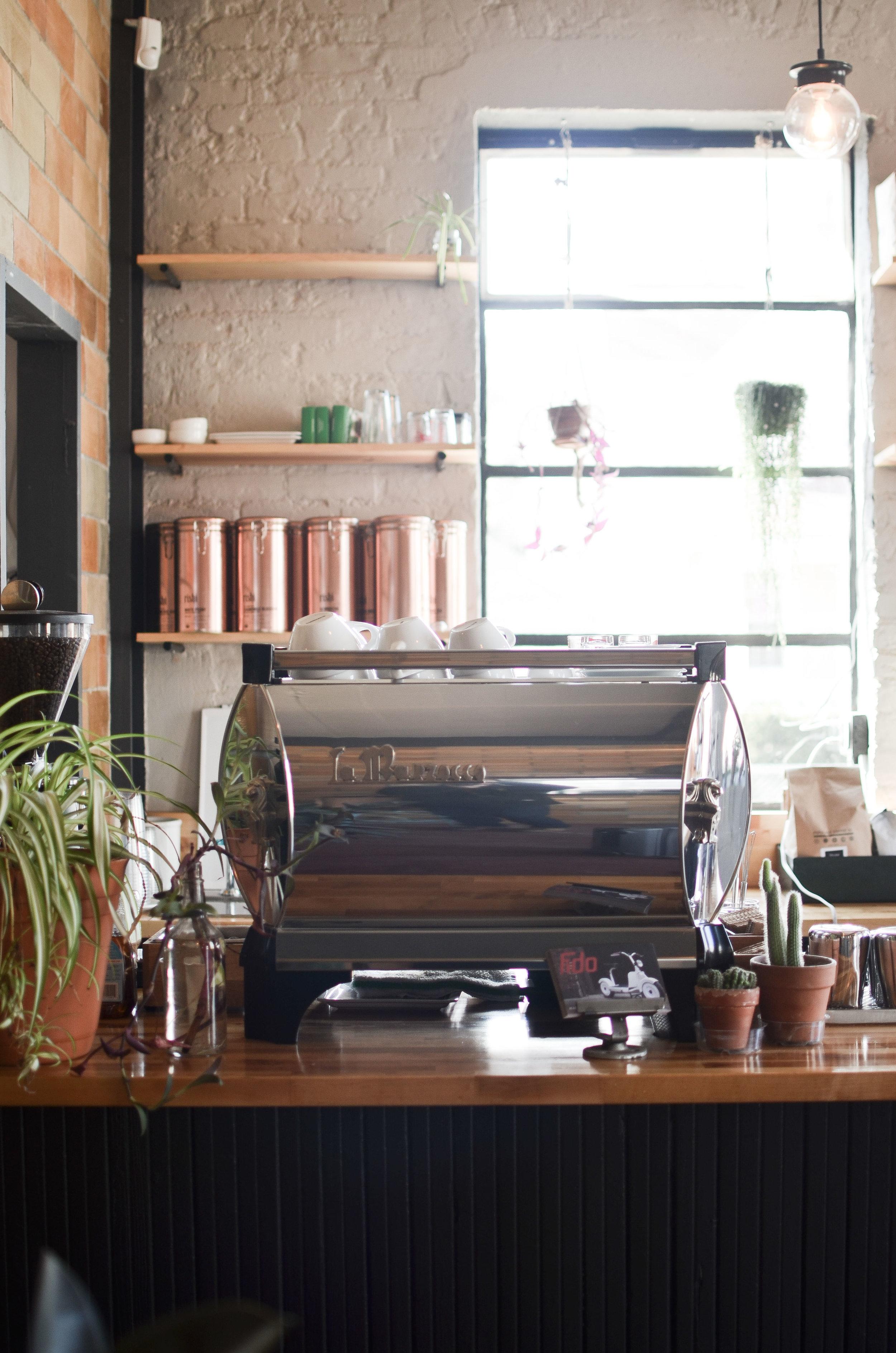 Wendling_Boyd_Fido_Motors_Coffee-13.jpg