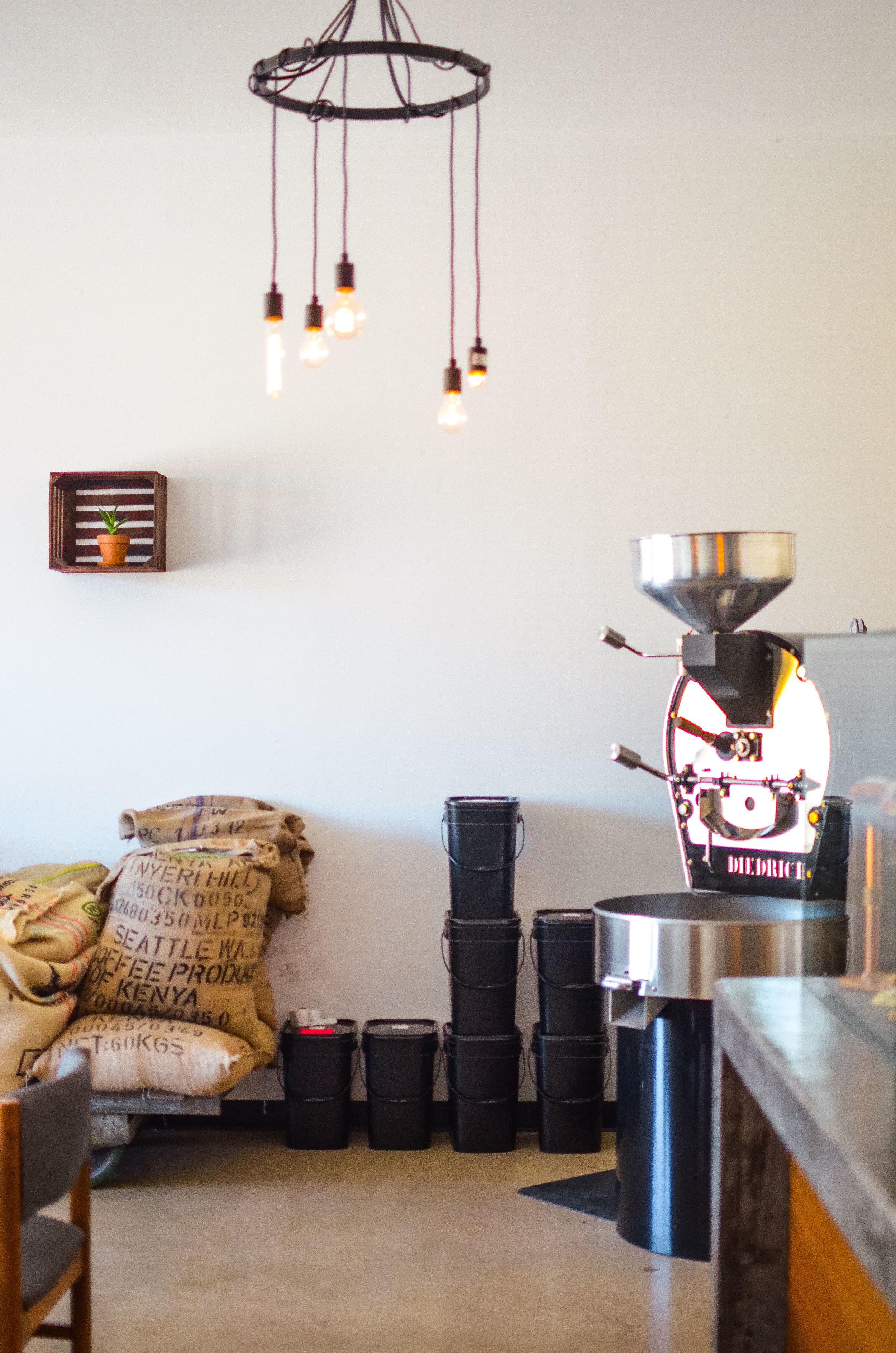 Wendling_Boyd_Mundos_Coffee_Roasters_Traverse_City-15.jpg