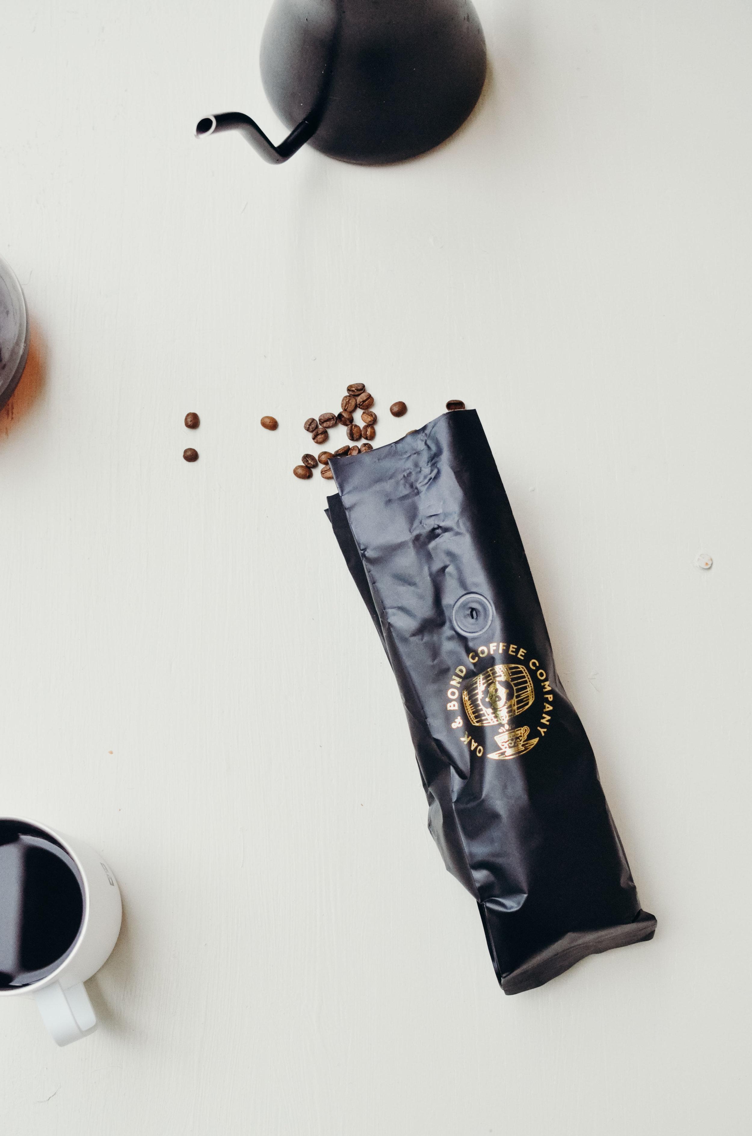 Wendling_Boyd_Oak_Bond_Coffee-8.jpg