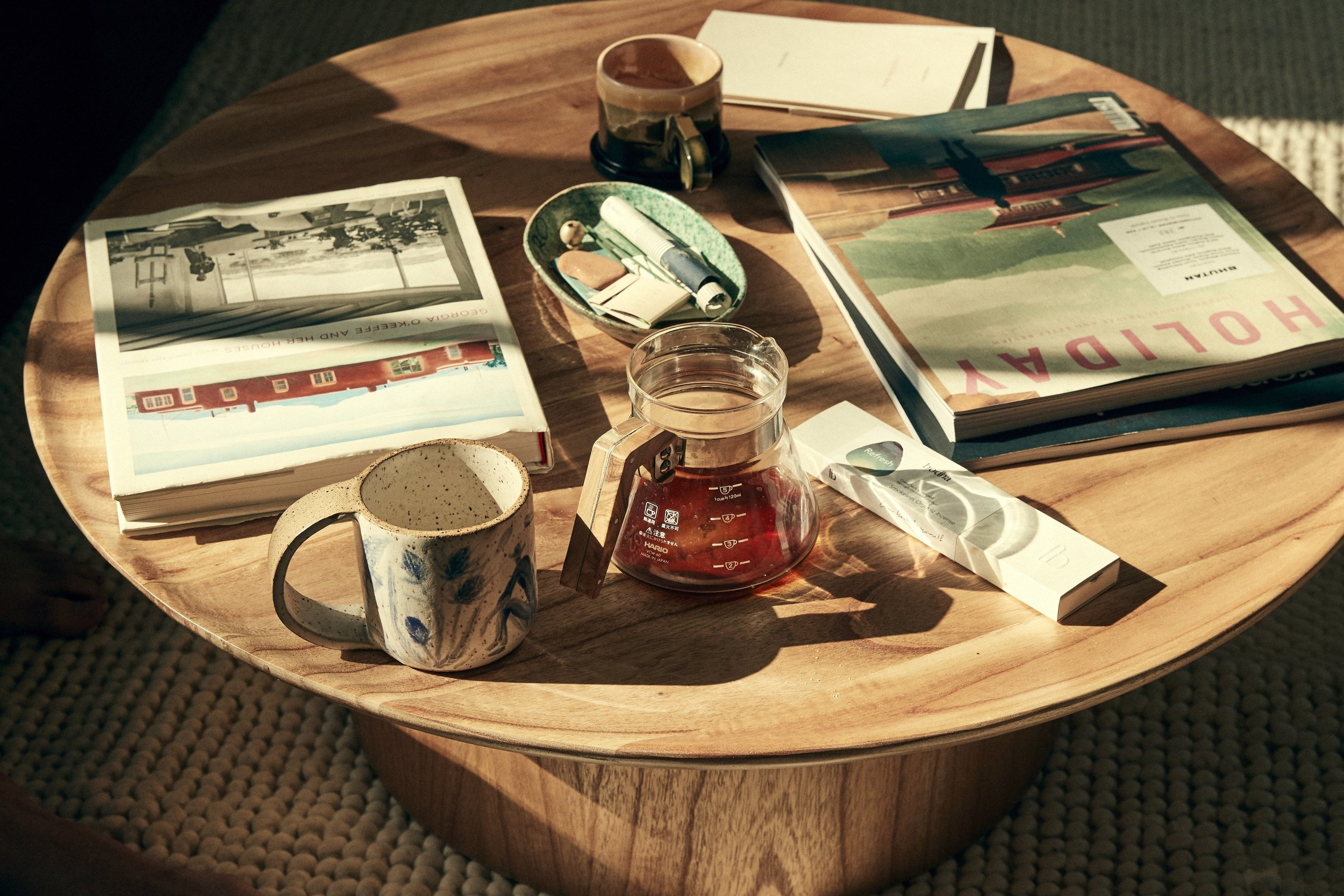 Coffee_table_in_the_home_of_Canyon_Coffee.jpg