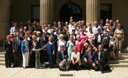 2004 - university of queensland