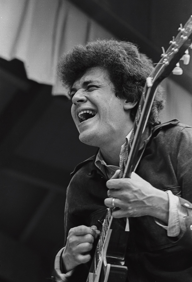 Michael Bloomfield with Butterfield Blues Band at Monterey Pops