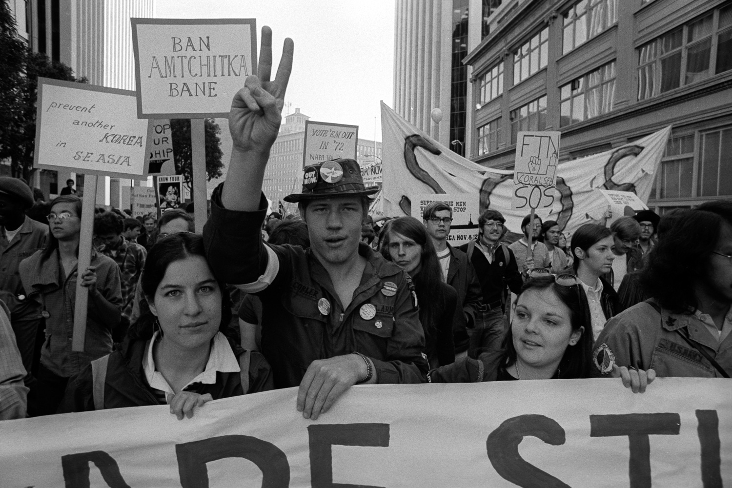 This anti-war march threaded many issues together, including the banning of nuclear weapons testing in  Amchitka, Alaska.