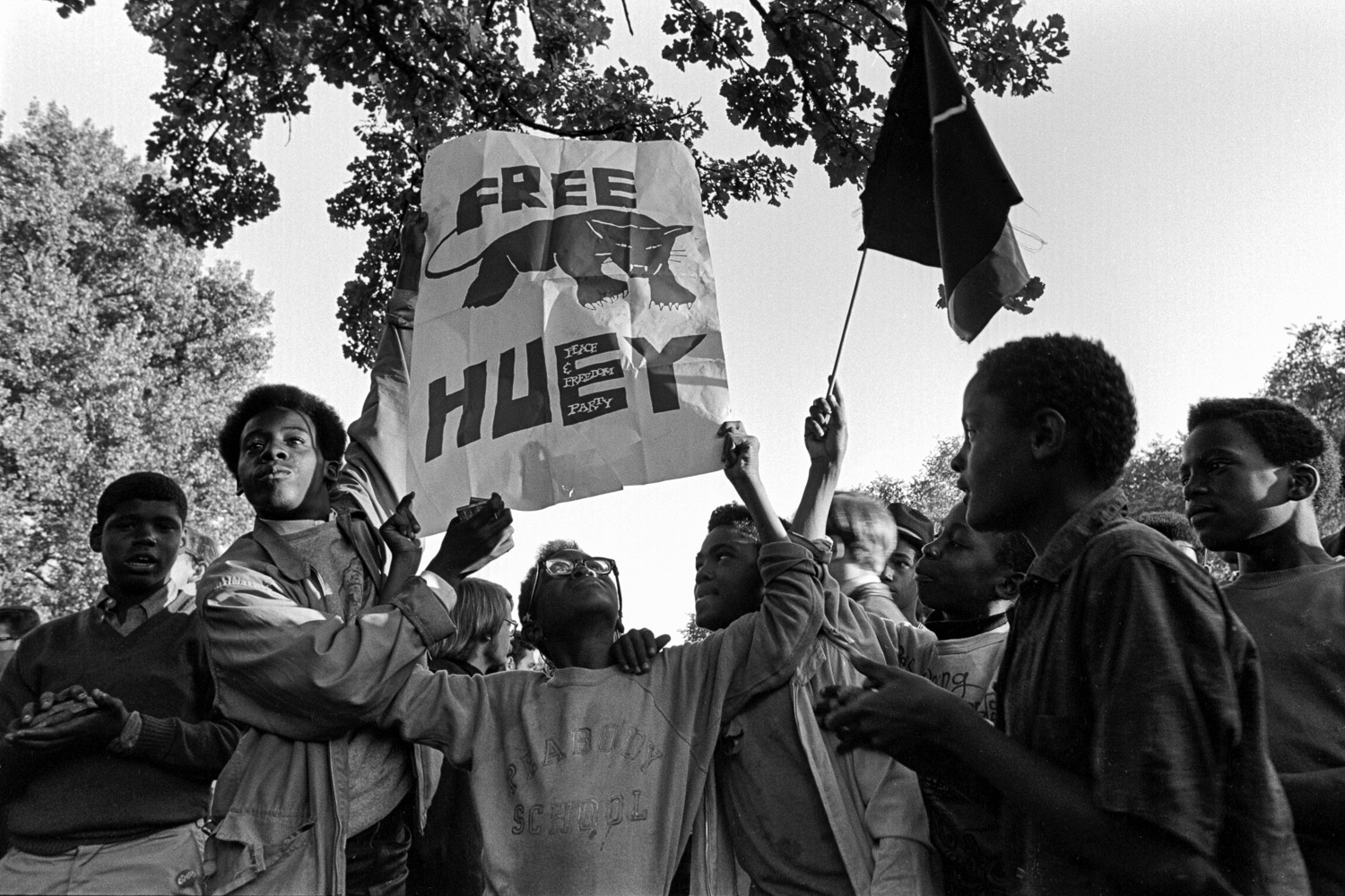 Student-age Chicago kids at a rally in Lincoln Park, there to hear Bobby Seale speak, during the Democratic Convention, August 1968