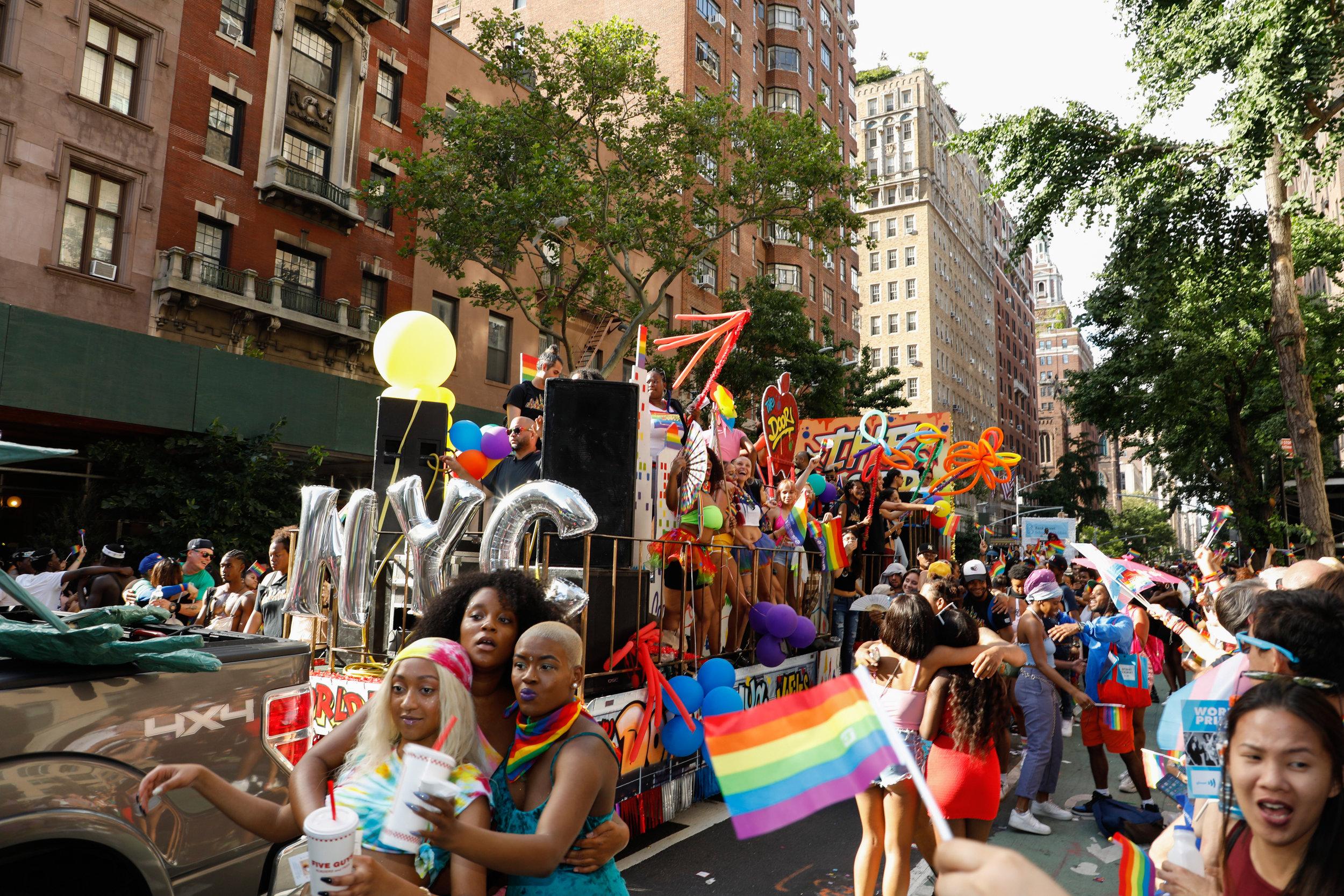 20190630_NYCPride_Daut-4302.jpg