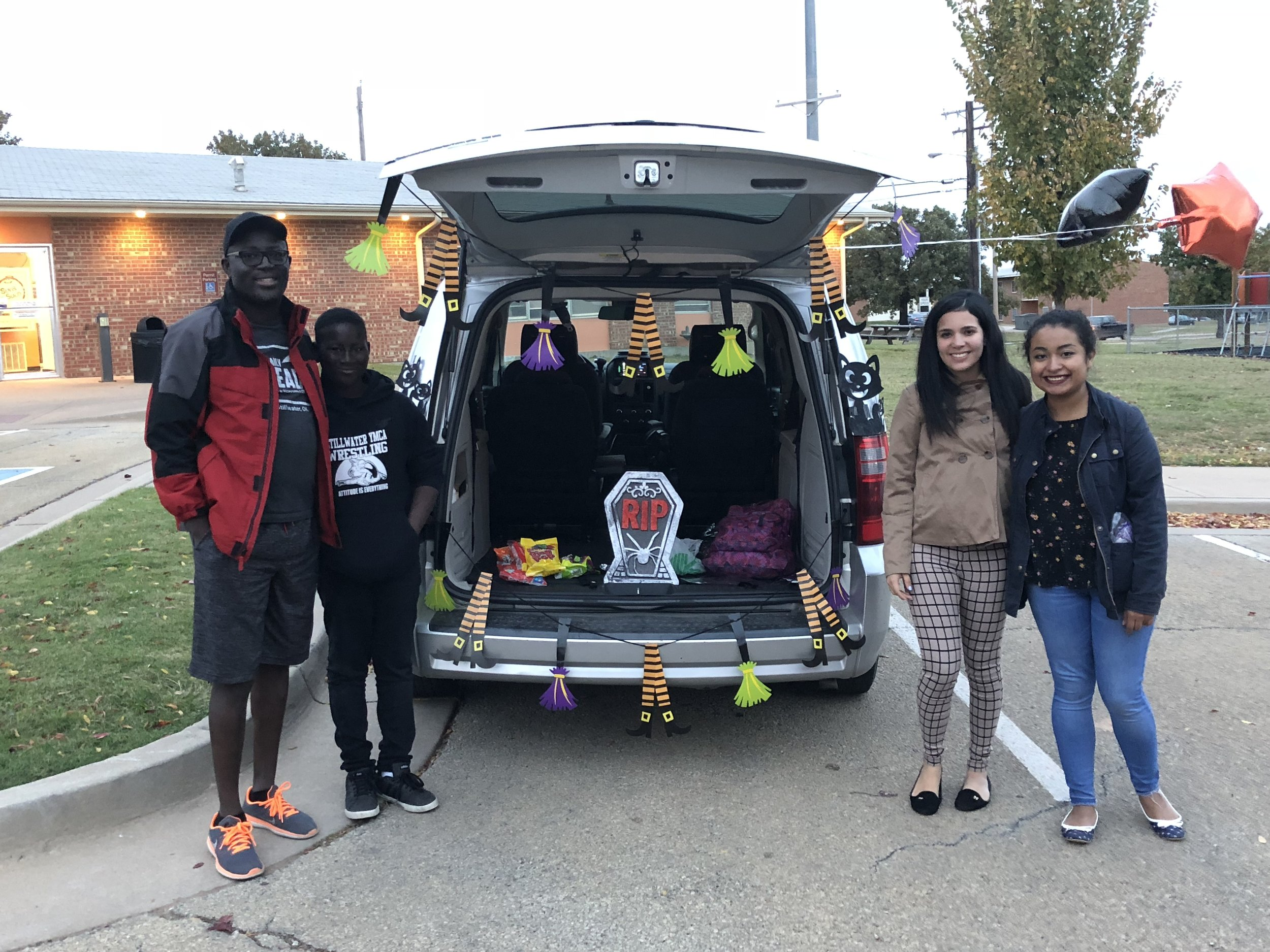 Trunk or treat (70).JPG