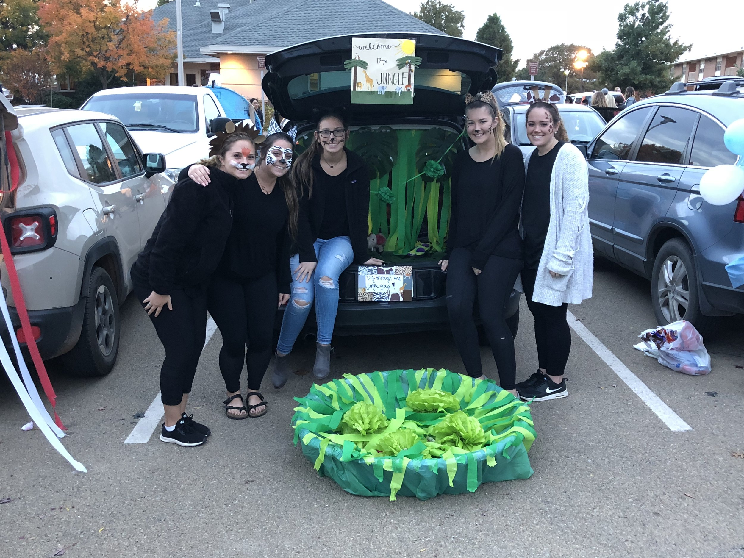 Trunk or treat (77).JPG