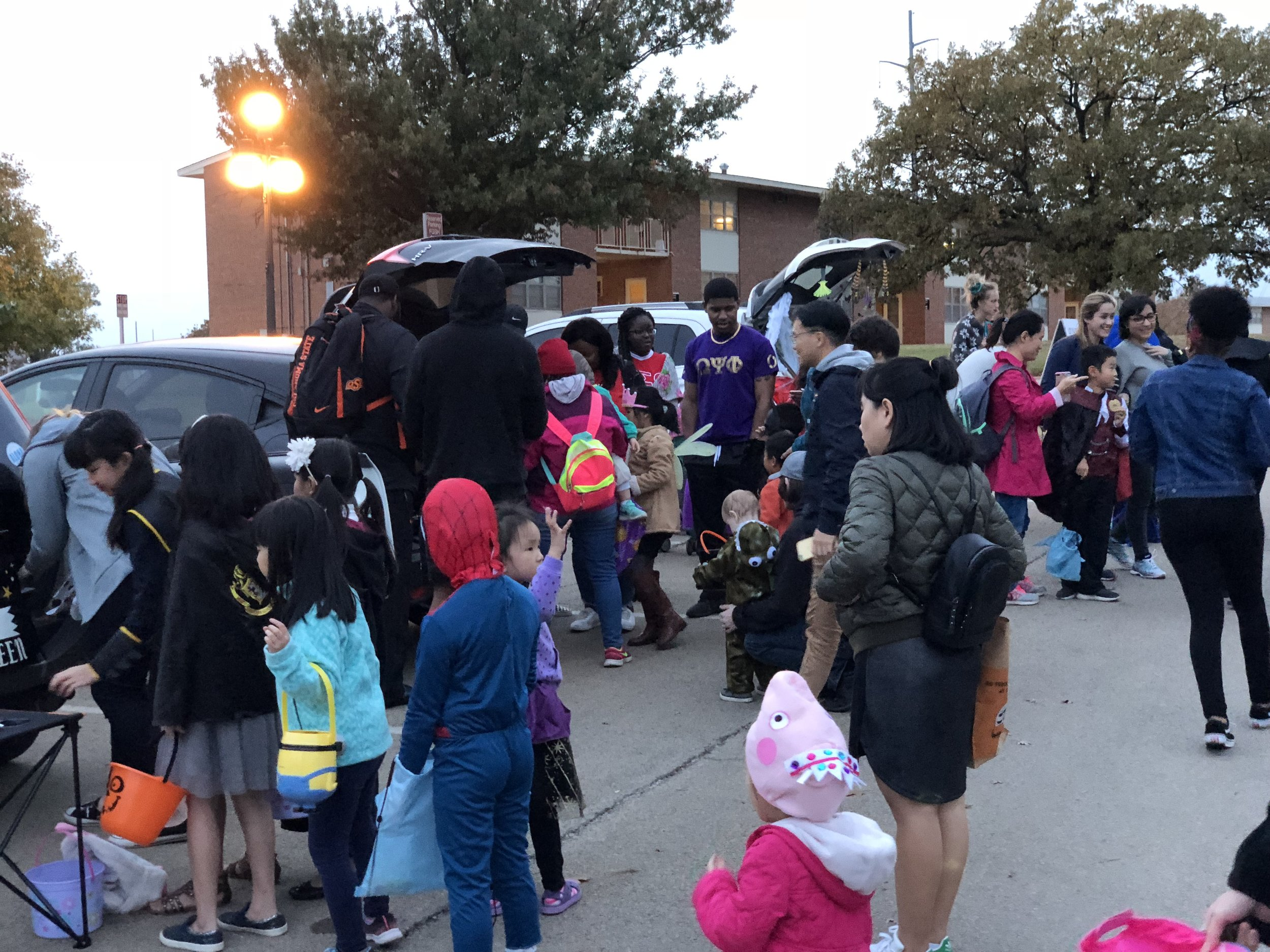 Trunk or treat (85).JPG