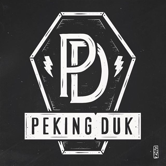 PEKING DUK! Super excited to be able to announce and reveal my shirt design for two-piece party-factory @pekingduk. Officially for sale for the first time at @splendourinthegrass, these are available as shirts and bucket hats from their website in a sexy black and gold print. GO GET 'EM! #sindysinn #pekingduk #fuckyeahfriday