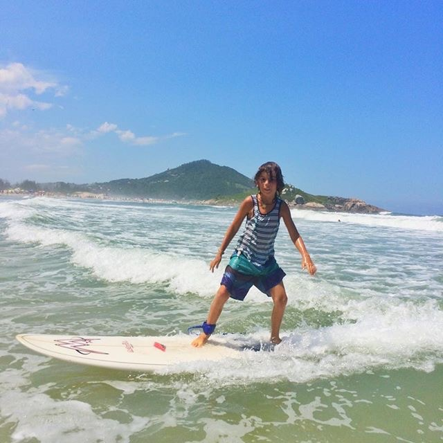i was really good at surfing on the board which was cool because i have never surfed before in my life. : } I would like to surf more. Dad taught me how to surf. I was scared of the big waves at first. I hurt my ankle jumping of my board. I fell off the board and the board hit me. I like to balance - I am really good at it, but its really hard.