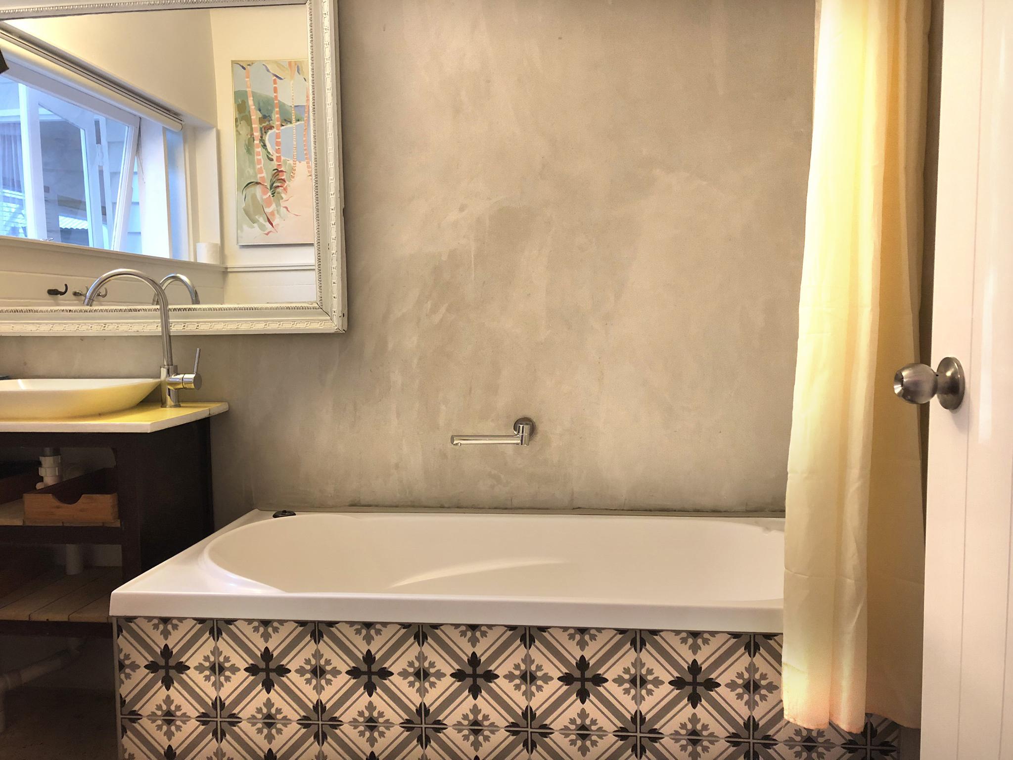 nookbathroom01.jpg