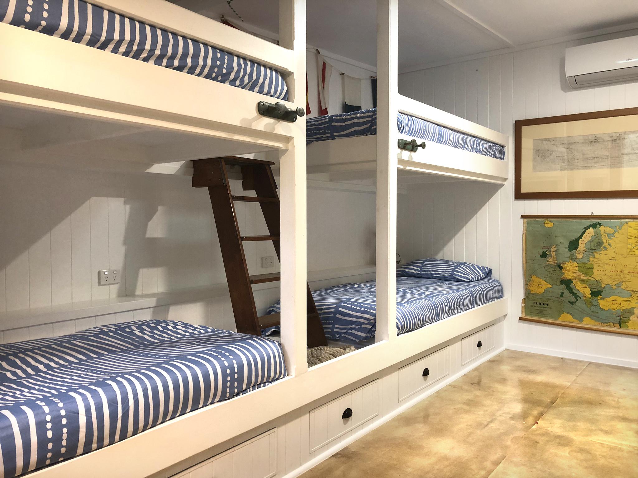 bunkbeds.jpg