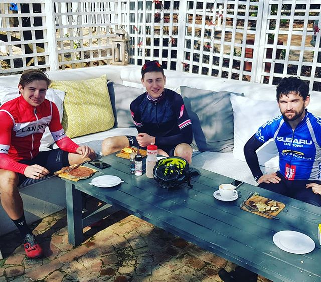 Good to see the boys from @flandriacycles getting in some Nutella Pancakes this morning. . . . #cafelife #cafe #cafepave #nutella #pancakes #cycling #cyclist #coffee