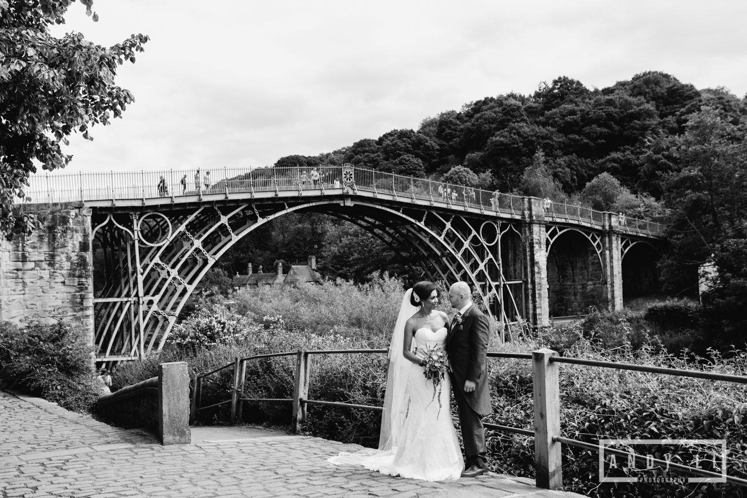 Enginuity Ironbridge Shropshire Wedding Photographer-084.jpg