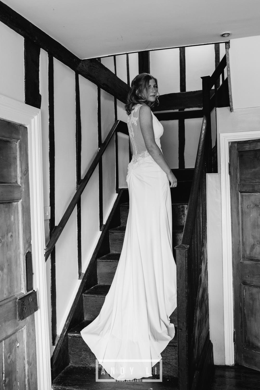 Wistanstow Village Hall Wedding Photography-035.jpg