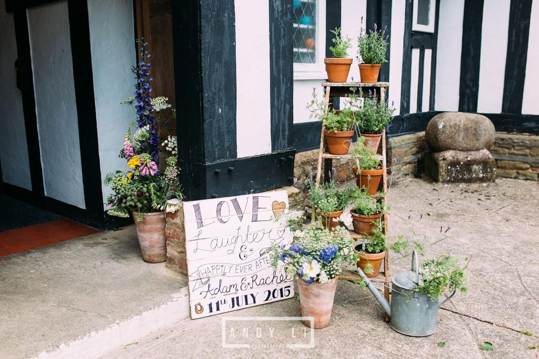 Wistanstow Village Hall Wedding Photography-039.jpg