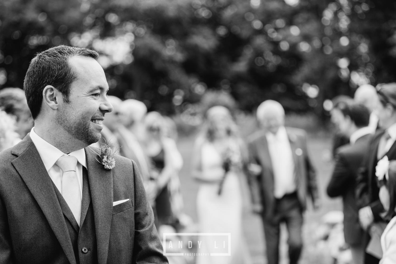 Wistanstow Village Hall Wedding Photography-061.jpg