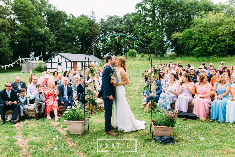 Wistanstow Village Hall Wedding Photography-085.jpg