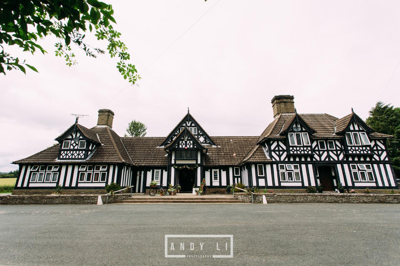 Wistanstow Village Hall Wedding Photography-121.jpg