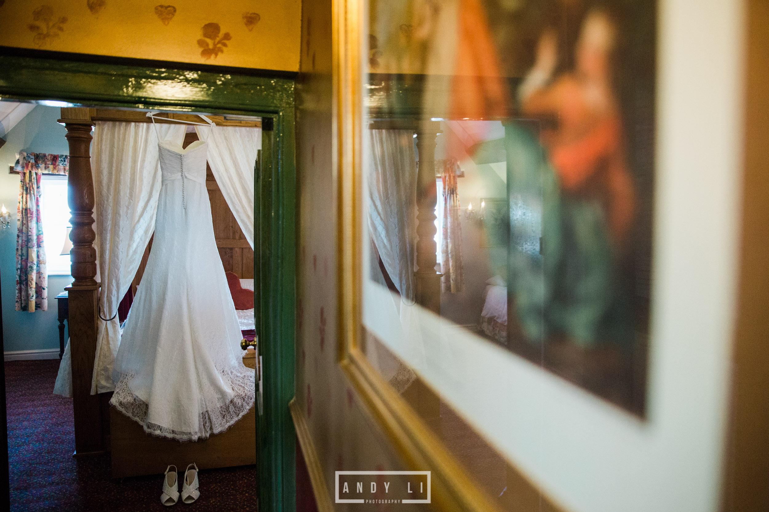 Hundred House Hotel Wedding Photography-007.jpg