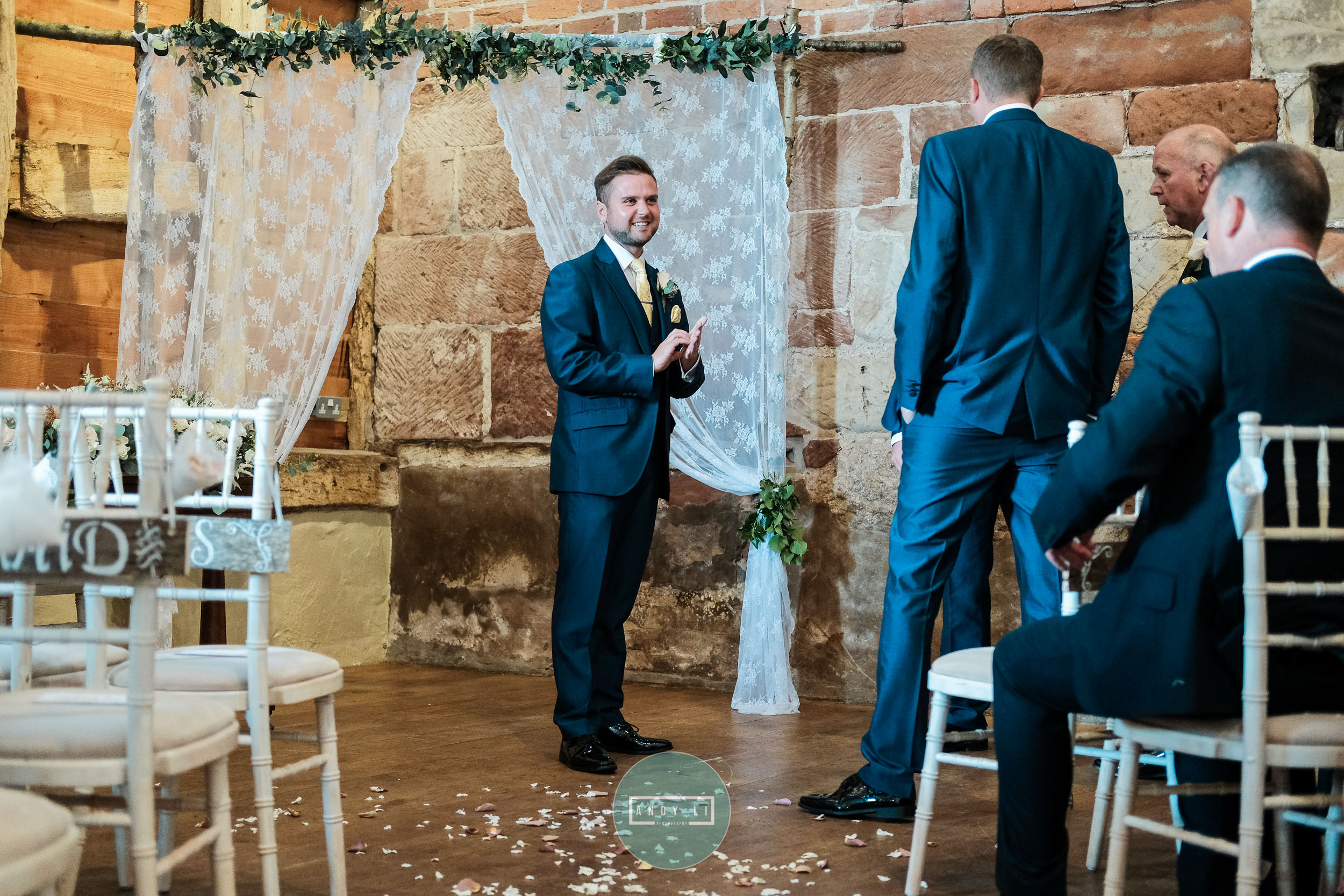 Pimhill Barn Wedding Photographer-047-DSCF0027.jpg