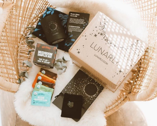 Review: Lunarly subscription box - October 2018