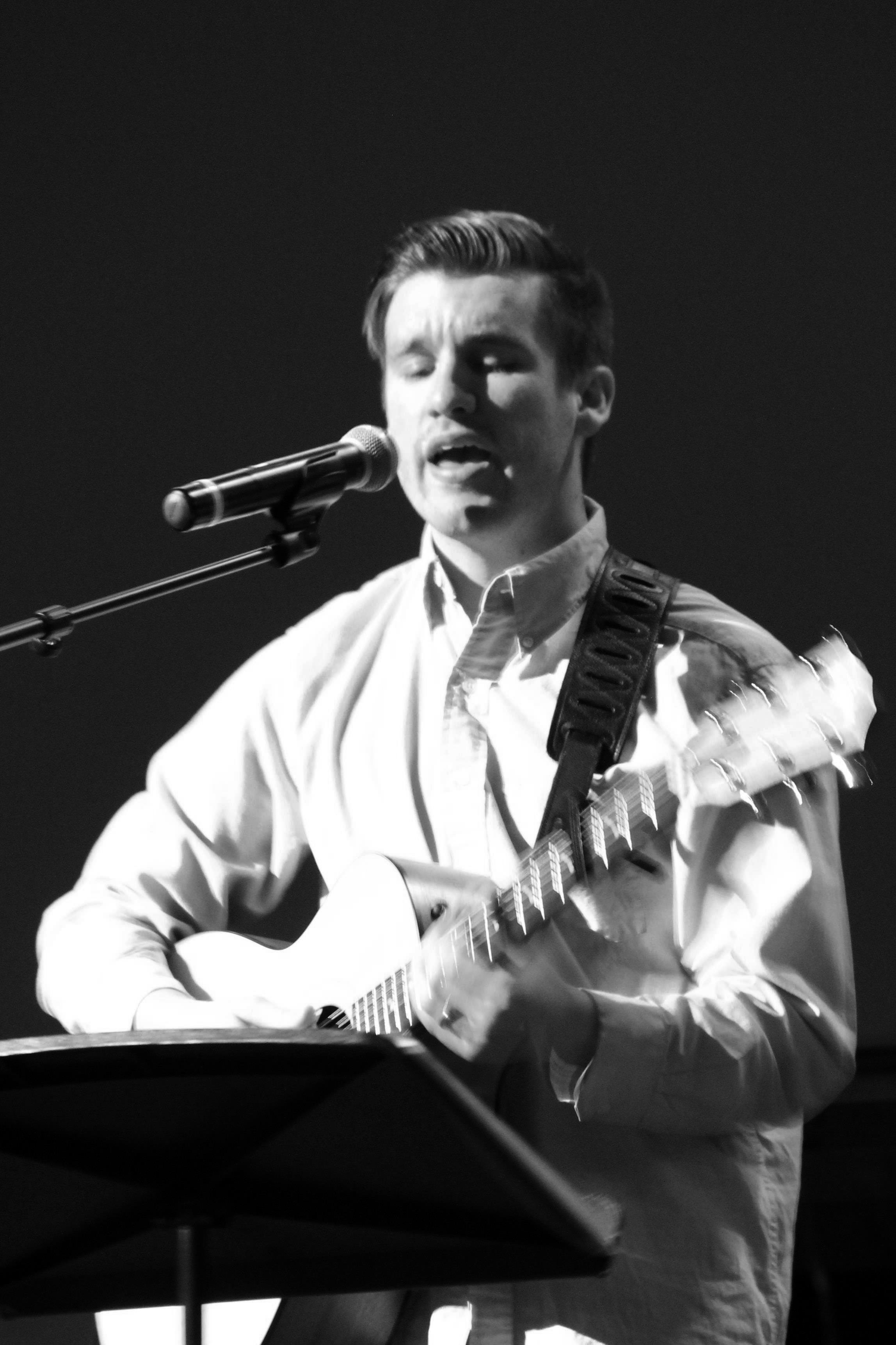 Branden Lee; Acoustic Guitar