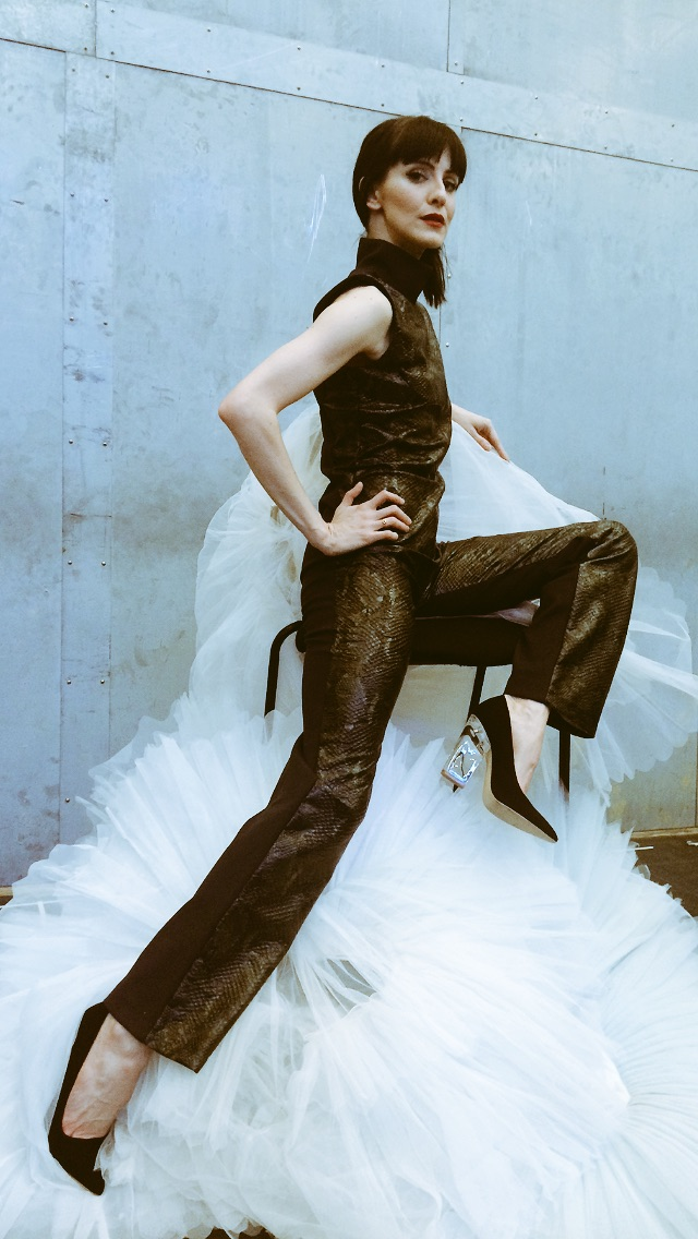 CATSUIT NATURAL  SHOES MY OWN