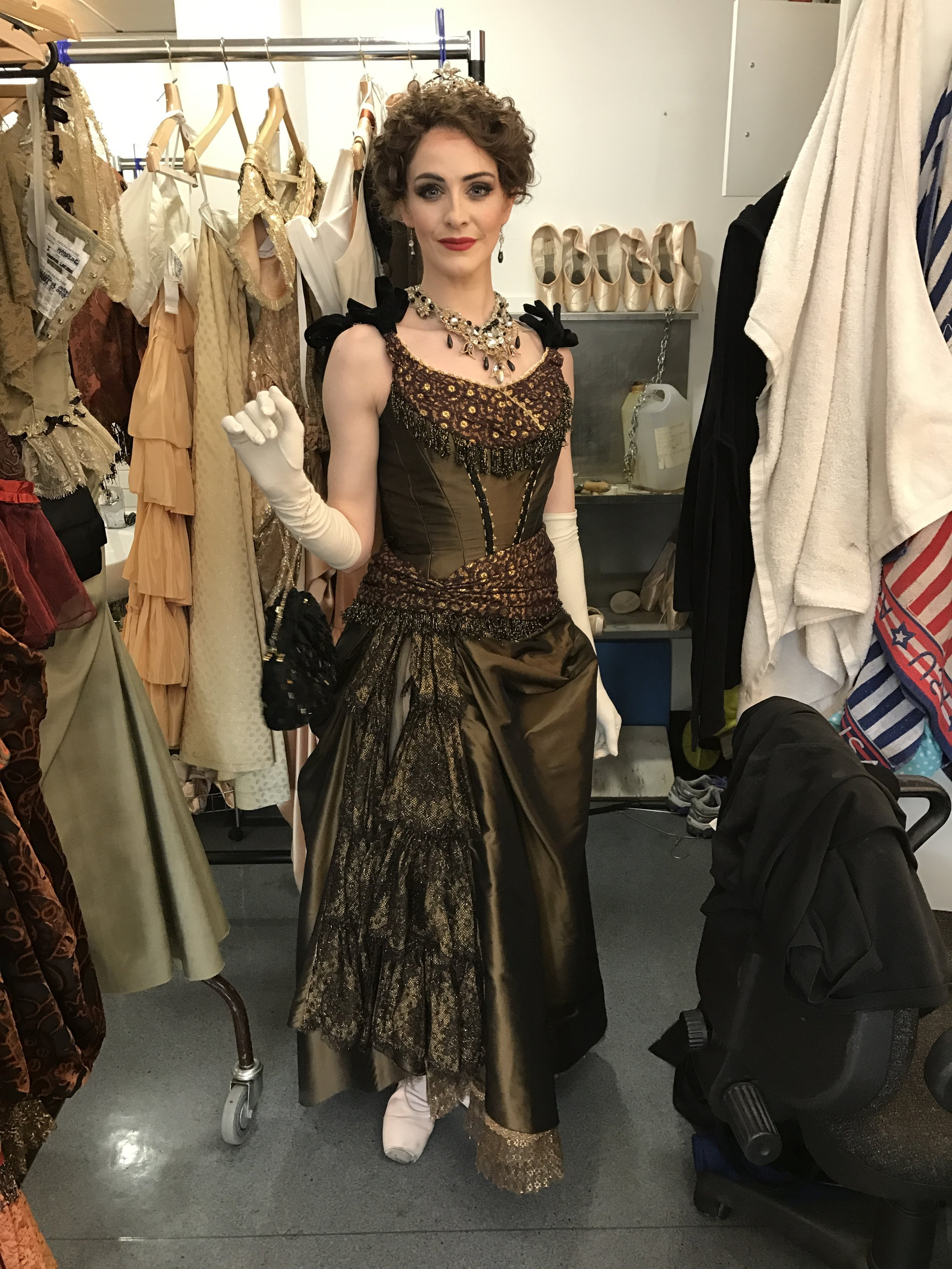 ACT TWO, HOFFBURG SCENE. MY FIRST QUICK CHANGE FROM CARD SCENE. AS I HAVE A VERY SHORT TIME TO DO THIS, I DO THIS QUICK CHANGE IN THE WINGS RIGHT BY STAGE. ITS TRICKY AS THERE ARE A LOT OF HOOKS AND BARS FOR THIS COSTUME TOO!