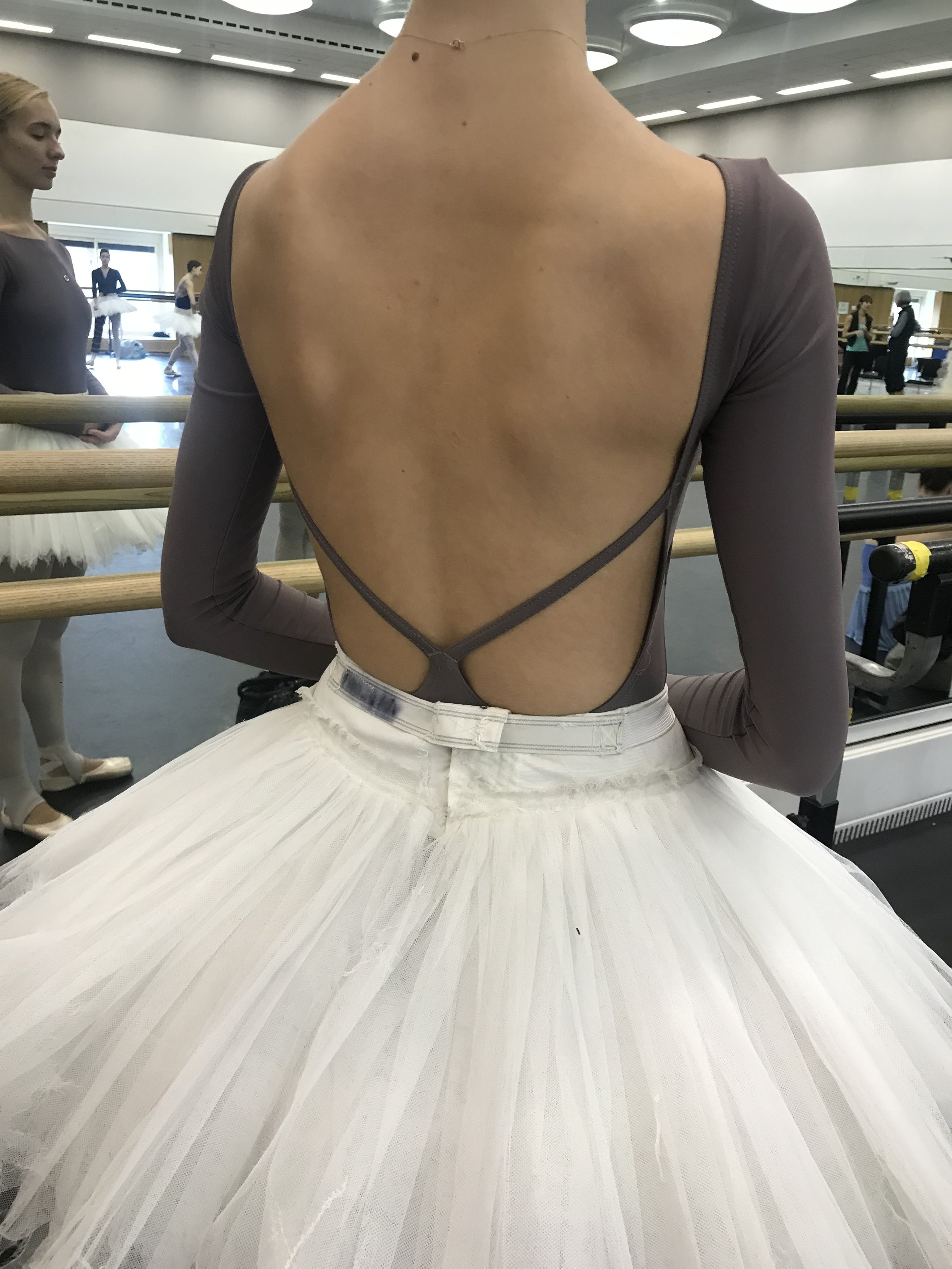 Gorgeous wide and low back from Isabel.