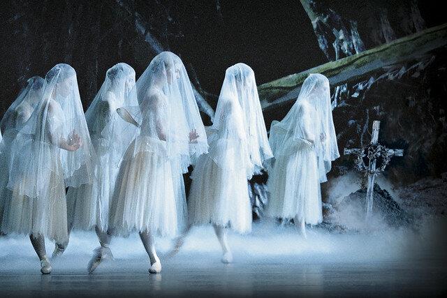 Royal Ballet Corps de Ballet