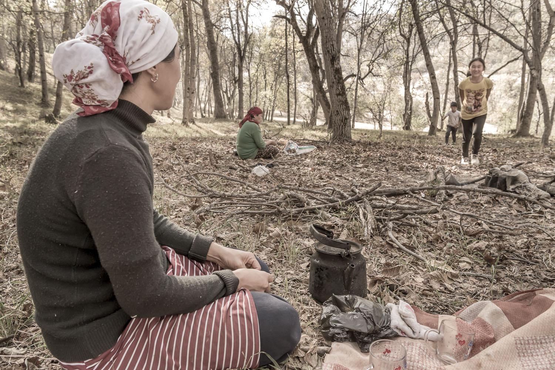 walnut-pickers-arslanbob-camping-mother-jo-kearney-photography-video-photographer-cheltenham.jpg