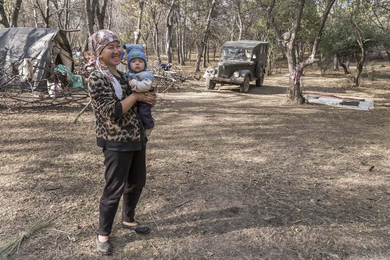 kyrgyzstan-arslanbob-walnut-forests-woman-with-baby-jo-kearney-photography-video-cheltenham.jpg