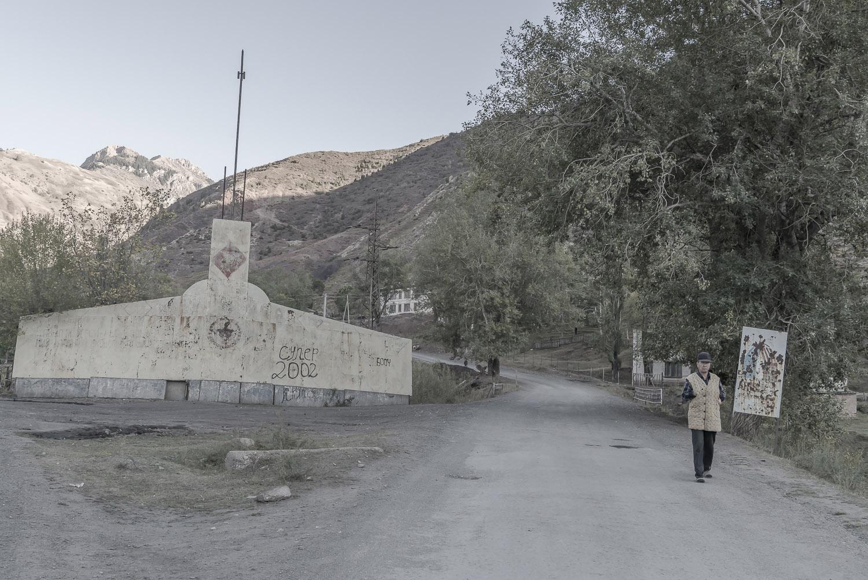 min-kush-jo-kearney-photographer-photographs-video-videographer-uranium-mining-town.jpg