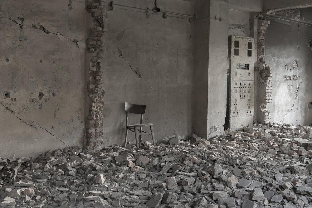 ruins-factory-min-kush-jo-kearney-photography-video-videographer-cheltenham.jpg