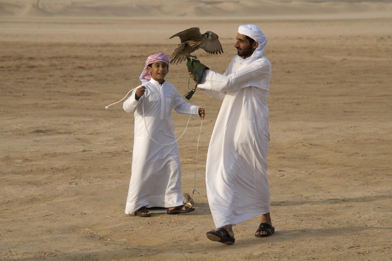 jo-kearney-video-photos-photography-travel-portraits-prints-for-sale-uae-dubai-desert-falconry-kids-children-emirati.jpg