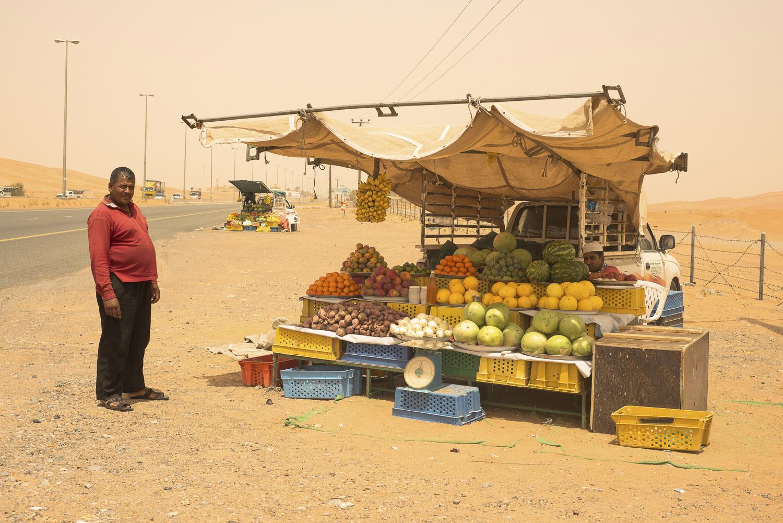 roadside-stalls-Dubai-UAE-fruit-vegetables-Al-Ain-jo-kearney-photography-video-cheltenham.jpg