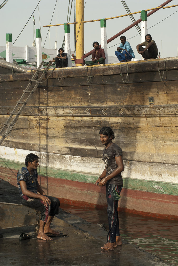 bangladeshi-migrants-workers-charcoal-workers-uae-jo-kearney-photography-video-travel-photography.jpg
