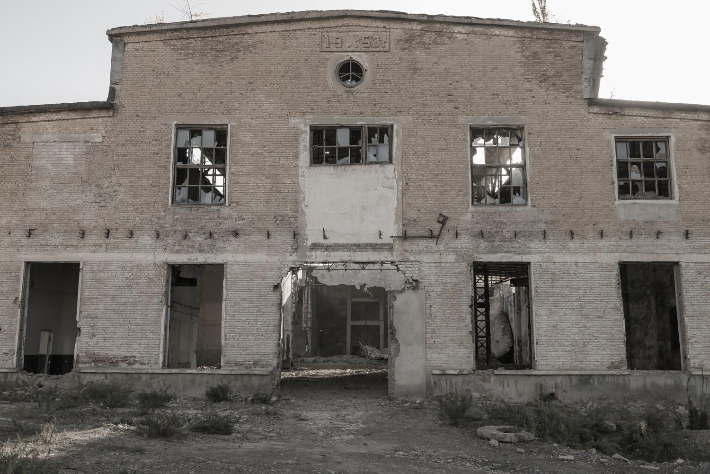 min-kush-soviet-uranium-mining-town-industrial-Russia-Kyrgyzstan-ruins-soviet-sign-jo-kearney-photos-video-photography-1953.jpg