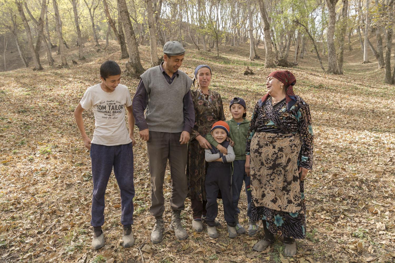 family-kyrgyz-kyrgyzstan-soviet.jpg