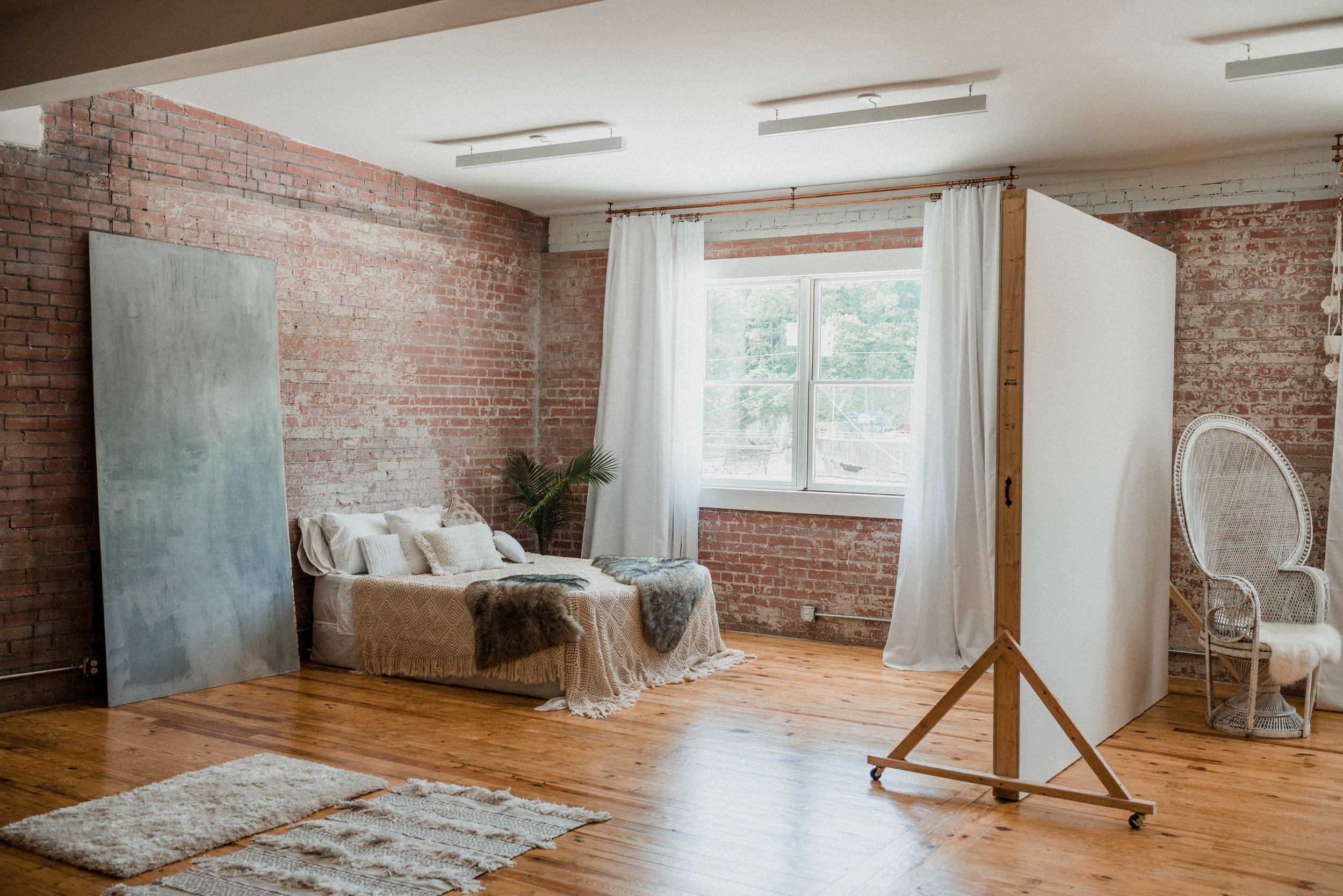 Photography Studio For Hourly and Daily Rental in Marshall, NC in the Asheville, NC area. Natural light. Loft Style.